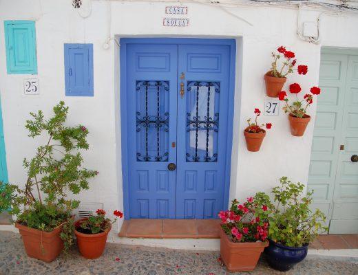 Frigiliana de fleurigste deuren