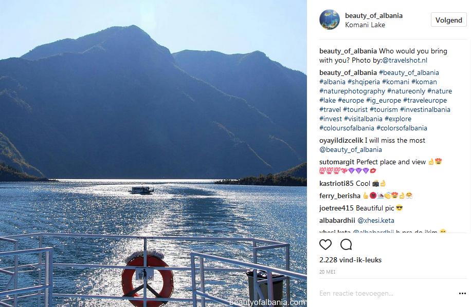 Albanië   Koman Ferry Lake
